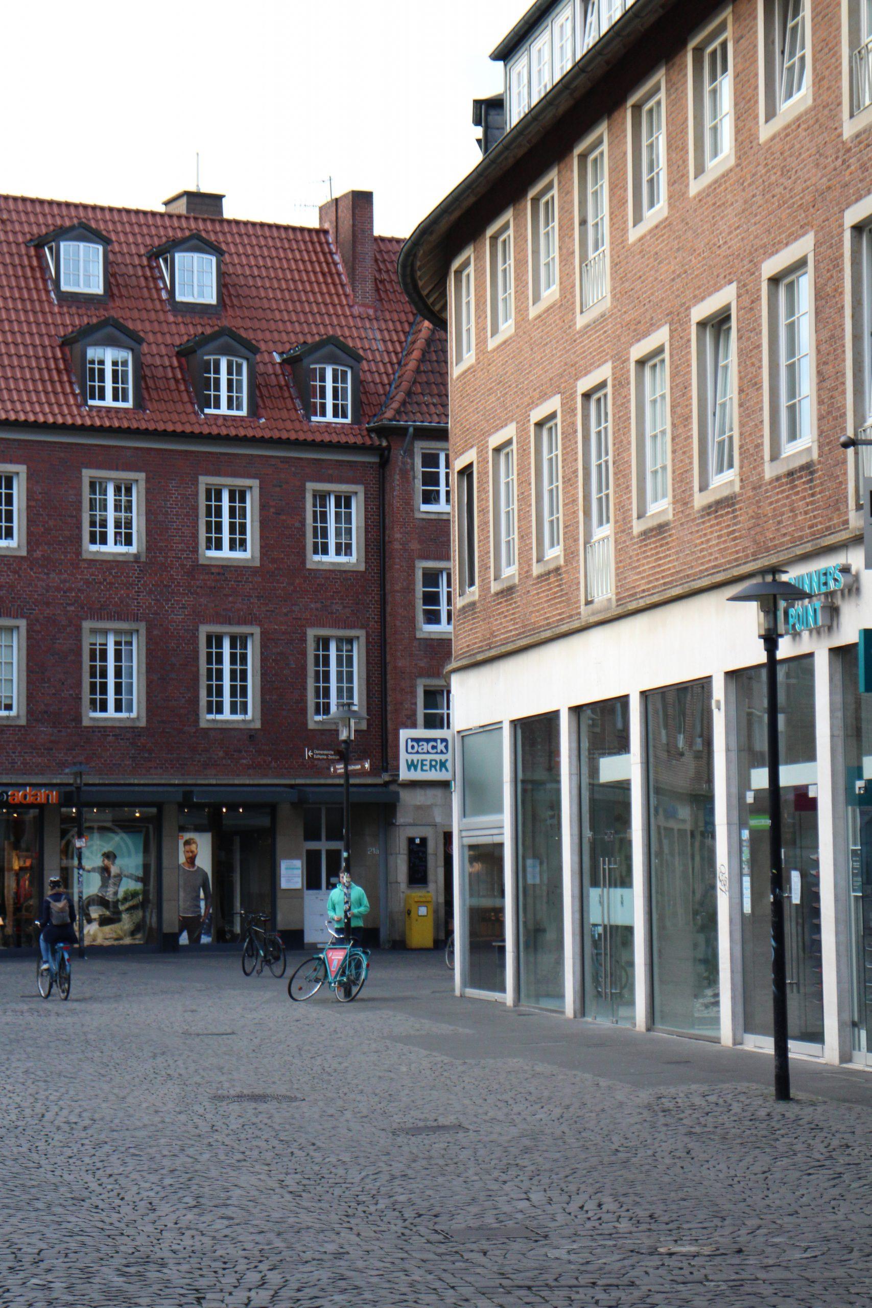 Salzstraße - ganz leer.
