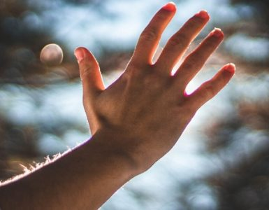 Ein Zwischenruf zu den Maßnahmen gegen die Corona-Pandemie. Foto: pexels.com.