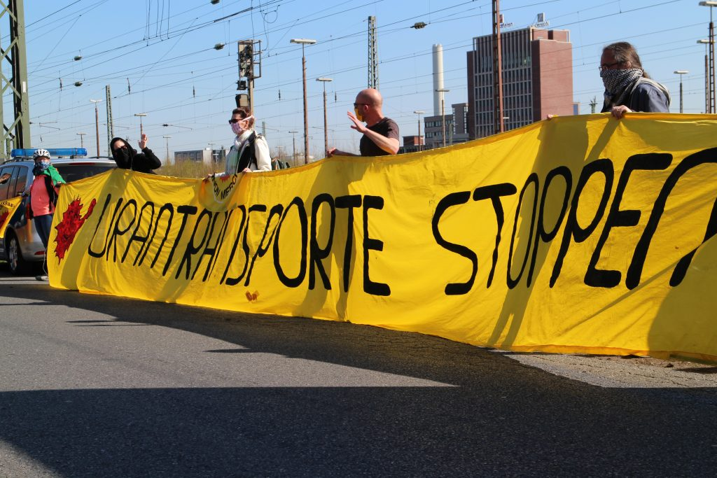 Anti-Atom-Kundgebung an der Alfred-Krupp-Straße