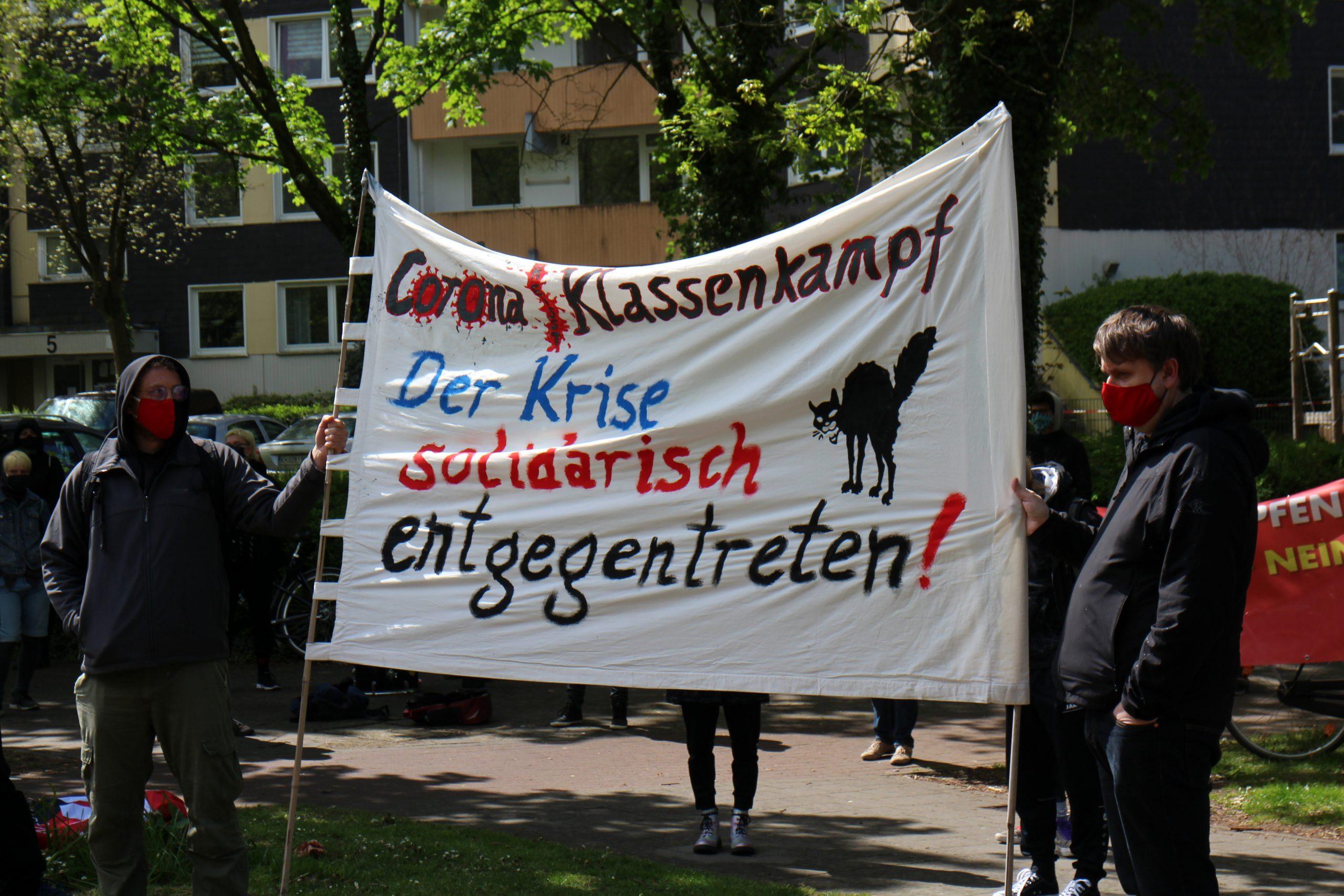 "1. Mai in Kinderhaus: ""Corona|Klassenkampf: Solidarisch der Krise entgegentreten"""